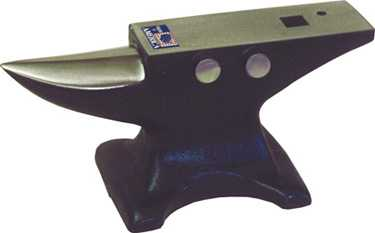 Cliff Carroll Anvil 35#